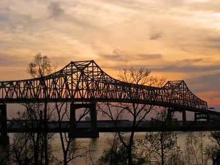 Montrose to/from Baton Rouge (BTR) Flight Deal from $281rt