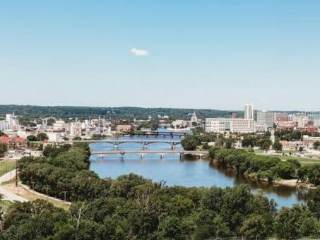 Montrose to/from Cedar Rapids IA Flight Deal from $217rt