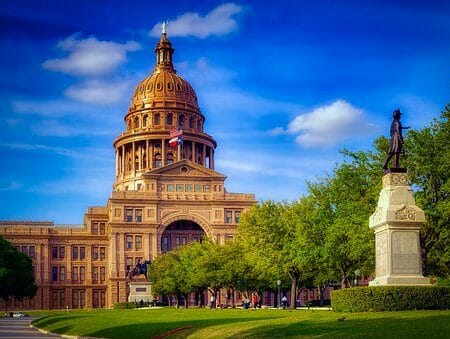 Montrose to/from Austin Texas Flight Deal from $248rt