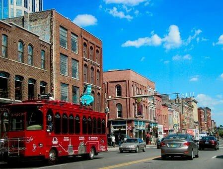 Montrose to Nashville (BNA) TN Flight Deal from $280rt