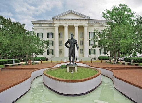 Montrose to/from Jackson (JAN) MS Flight Deal from $233rt