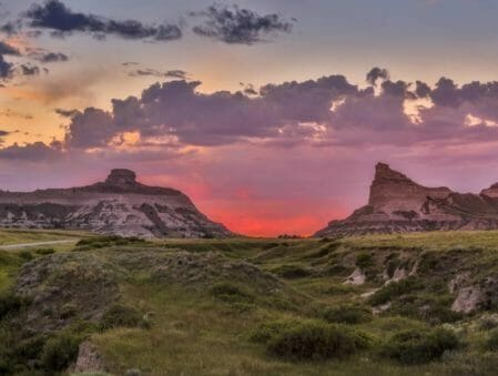Montrose to/from Scottsbluff NE Flight Deal from $224rt