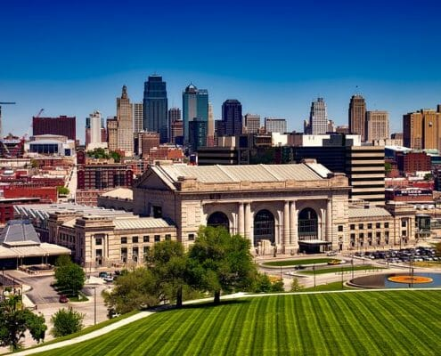 Montrose to/from Kansas City (MCI) MO Flight Deal from $233rt