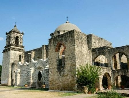 Montrose to/from San Antonio TX Flight Deal from $197rt