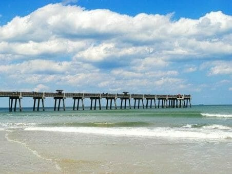 Montrose to/from Jacksonville FL Flight Deal from $250rt
