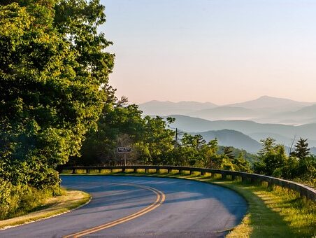 Montrose to/from Asheville (AVL) NC Flight Deal from $252rt
