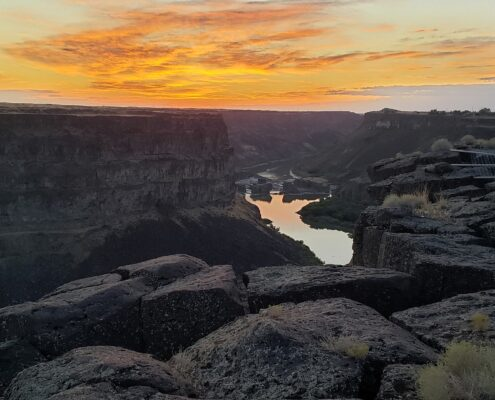 Montrose to/from Twin Falls ID Flight Deal from $236rt